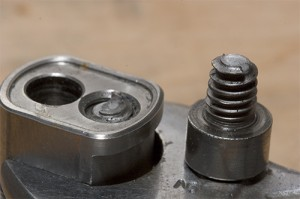 extract broken bolt